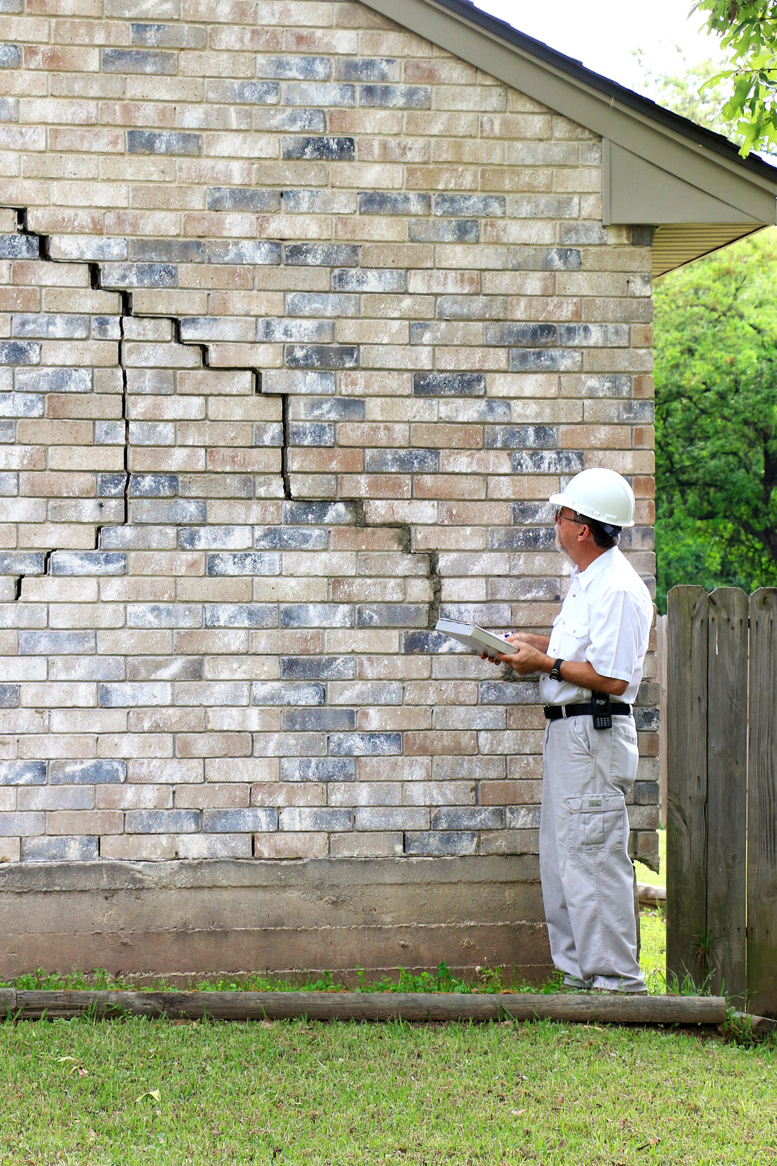 Foundation Damage? Here's What to Look For